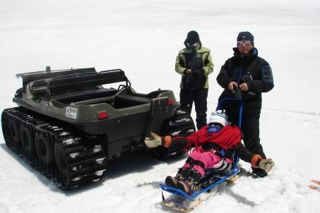 Bi-Ski , para personas usuarias de silla de ruedas